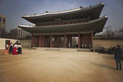 """Changdeokgung Palace, 3/31/18: Also Known As """"The Calm Before the Hunger Storm"""""""